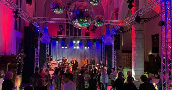 Feest met Unicorn in Paterskerk - Sonny's Inc - De Entertainmentband van Nederland -